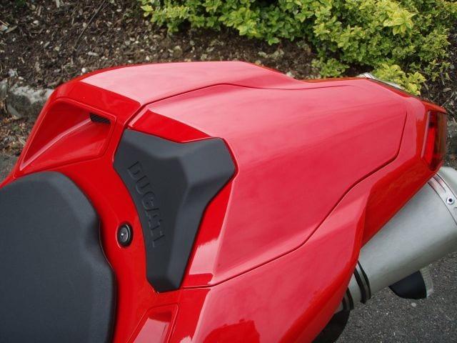 Ducati 848 fiberglass passenger seat cover/cowl
